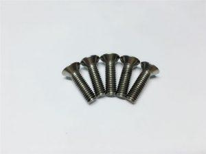 Vis titane M3, vis titane M6 à tête plate à tête creuse pour la chirurgie de la colonne vertébrale