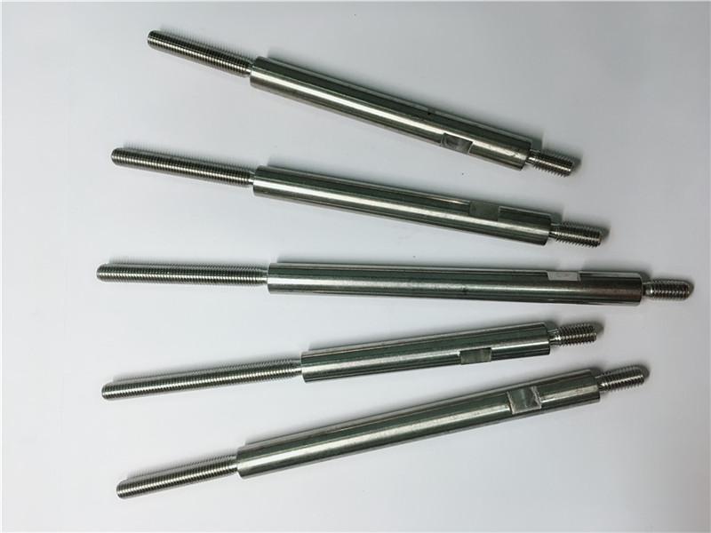 attaches filetées en acier inoxydable d'usinage de précision cnc